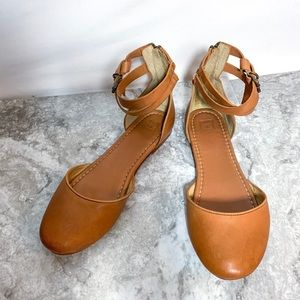 Frye Round Toe Ankle Strap Sandals Flats